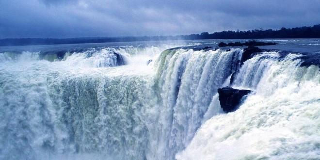 Chutes Iguazu Garganta Del-Diablo