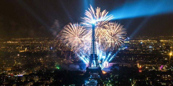 feu-artifice-Tour-Eiffel-14-juillet