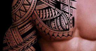 Tatouage tribal homme