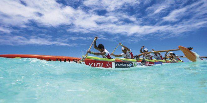 Hawaiki nui va'a - Pirogue sur Lagon
