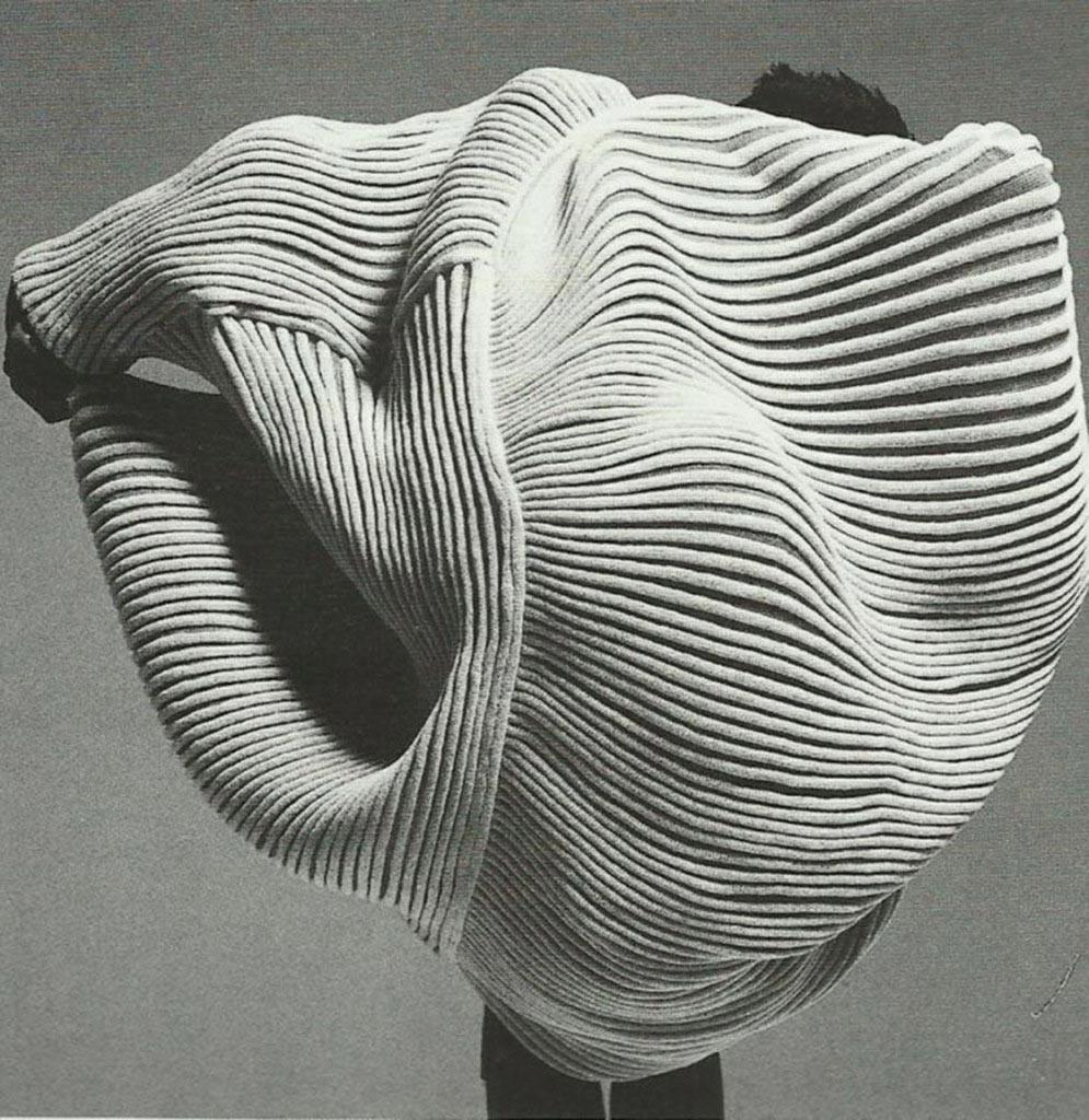 Issey Miyake stylisme