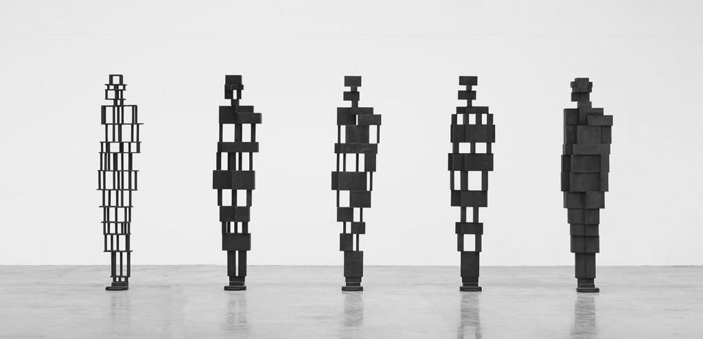 Antony-Gormley sculptures
