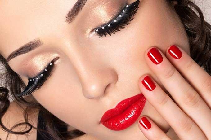 Comment mettre son rouge à lèvres