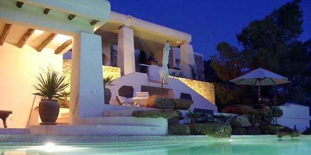 Villa de luxe ibiza vacances arts guides voyages - Residence de standing saota roca llisa ...