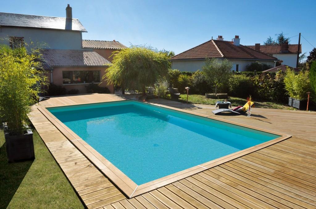 Piscine de Jardin avec terrasse en bois