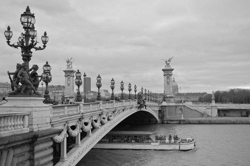 Photo en noir et blanc de Paris