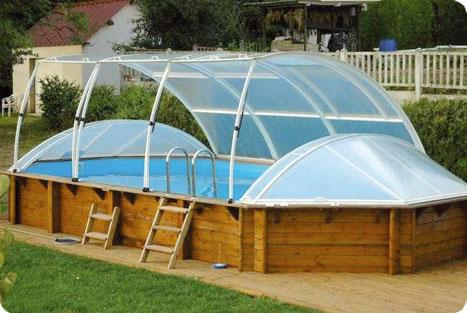 piscine en bois hors sol couverte
