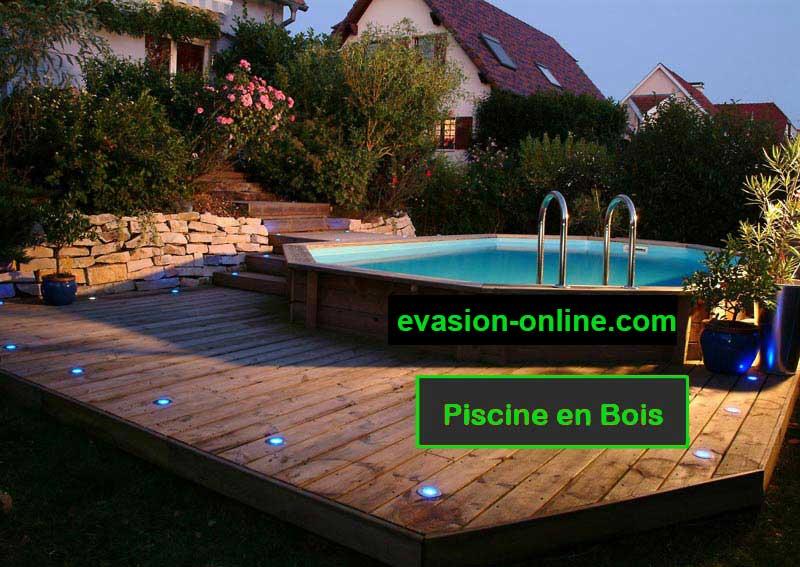 piscine en bois ovale avec terrasse et hors sol