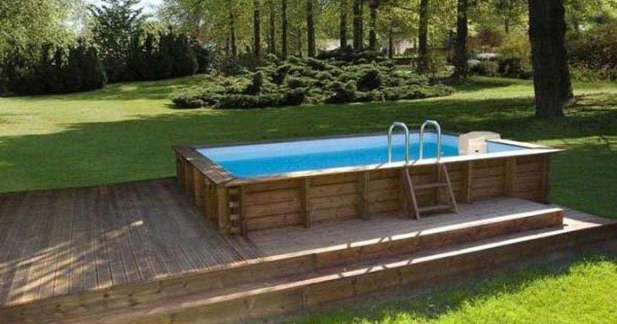 Piscine hors sol avec terrasse bois