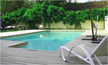 piscine chauffée côté jardin