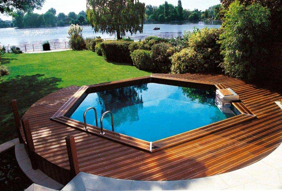 Photo Piscine hors sol - terrasse en bois