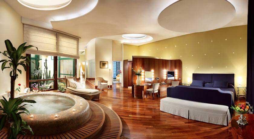 hotel-de-luxe-naples