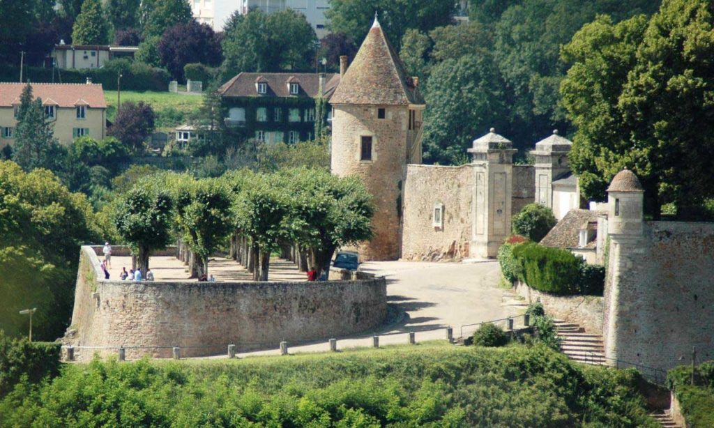 Photo des remparts de Avallon