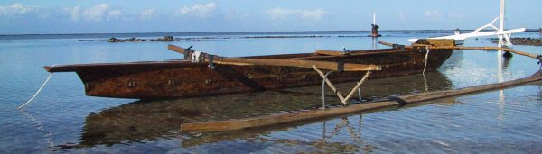 Va'a - Pirogue polynésienne ancienne