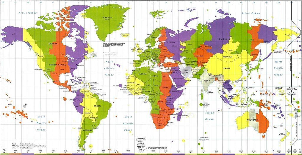 carte du monde avec fuseaux horaires