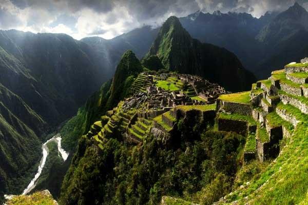 Monument du  Pérou Terre Inca - Lima