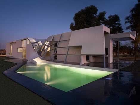 Villa en Béton avec belle piscine