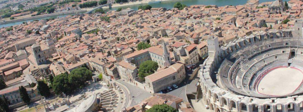 Photo aérienne de Arles