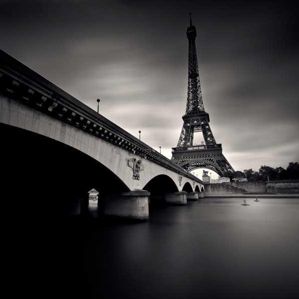 Photographie noir et blanc inspiration Paris - Tour Eiffel